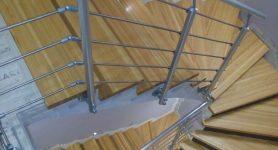 Лестницы в таунхаус