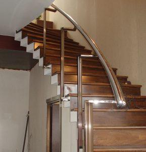 Как закрепить балясины на деревянной лестнице своими руками