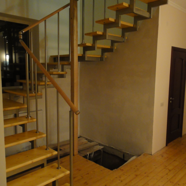Модульная лестница «Элегант» с разворотом на 180 градусов