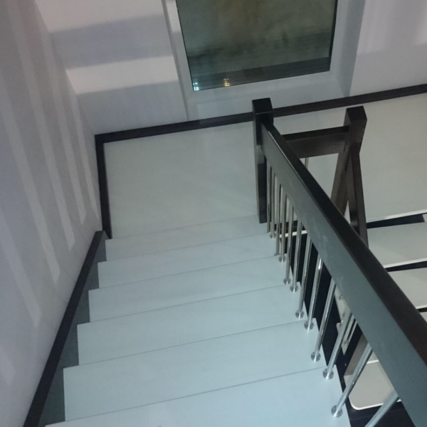 Лестница «ULTRA» с разворотом 180 градусов